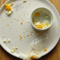 爆発したゆで卵