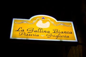 La_Gallina_Bianca_0901-11_20090206165201.jpg
