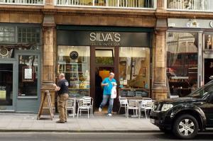 Silvas_0906-23.jpg