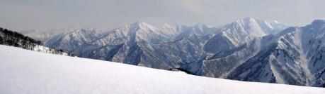 日白山から谷川岳