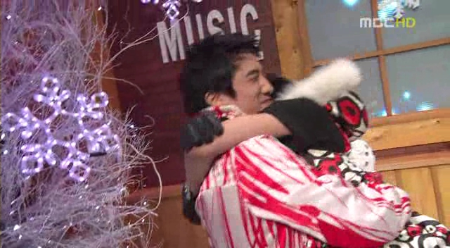 Big Bang - 20080119 MBC Music Core[Bigbang MCs+Last Farewell].avi_000121521
