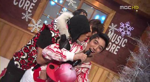 Big Bang - 20080119 MBC Music Core[Bigbang MCs+Last Farewell].avi_000278177