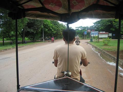 tuktuktoanckor.jpg