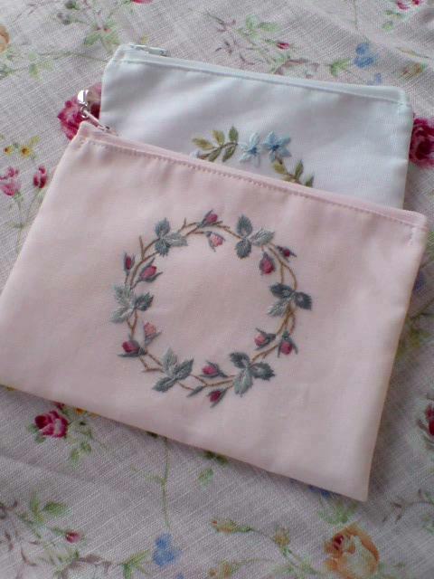 刺繍ポーチ2