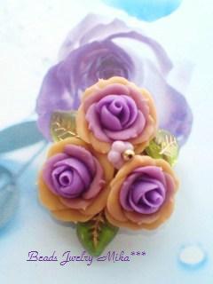 紫と黄色バラ