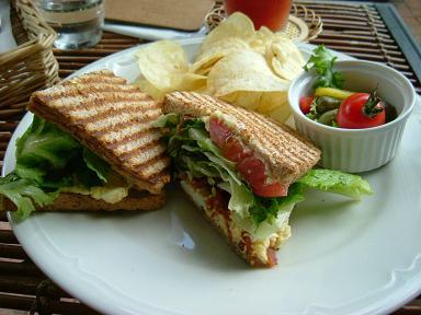DSCF2371-lunch.jpg