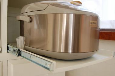 炊飯器のレール