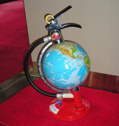 地球儀型消火器