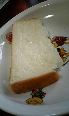 パンにミルククリーム