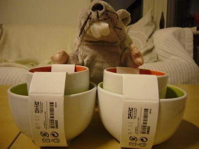 ねずみとお茶碗