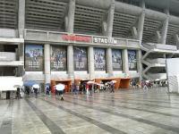 雨の日産スタジアム