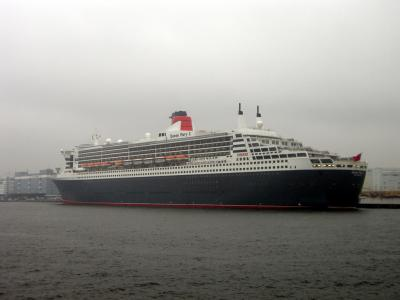yokohama-queenmary2-060.jpg