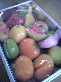 果物をかたどった上生