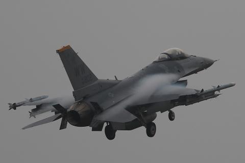 F-16_802.jpg