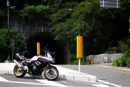 新千早トンネル前