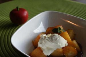 リンゴの塩キャラメルソテー