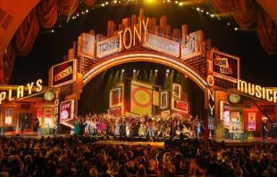 Billy-Elliot-Tony-Awards--001.jpg