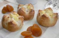 アプリコットとクリームチーズのパン