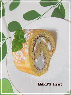 マンゴーロールケーキ