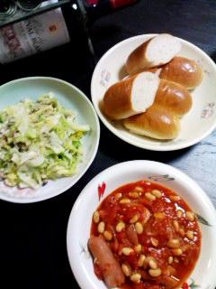 ソーセージと豆のトマトシチュー・キャベツとアサリ炒め