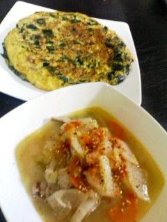 豚汁・ひき肉とわかめの韓国風オムレツ