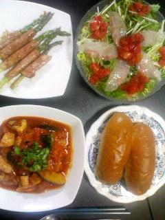 鶏モモ肉とかぼちゃのトマトソース煮・鯛のカルパッチョ・アスパラのハム巻き甘辛みそだれ