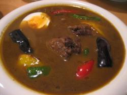 スパイスの利いたスープカレーです(^^)