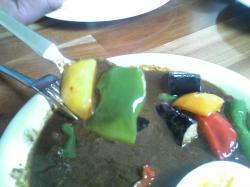 肩ロースを煮込んだポークカレーに野菜がたっぷり