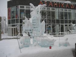 旭川冬祭り時期の旭川買い物公園(2006年2月)