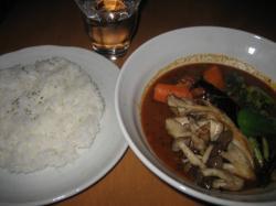 きのこ野菜Curry(てんねん舞茸&愛別産シメジ)入り 1,100円