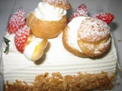小さなシュークリームがかわいい(*^_^*)