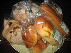 パンもいろいろ買ってきました(*^_^*)
