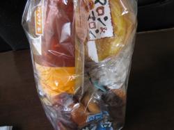 ヤマザキのパンが6種類