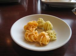 トマトとピスタチオのバター