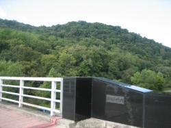 オサラッペ川にかかる橋(旭岡)