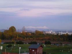 大雪の山々もすっかり真っ白です(^^)