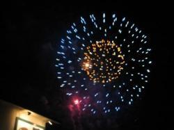 大きな花火が次々と・・・(*^_^*)