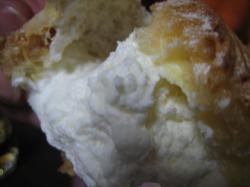 別海産マスカルポーネチーズのクリームが・・・おいしぃっ!