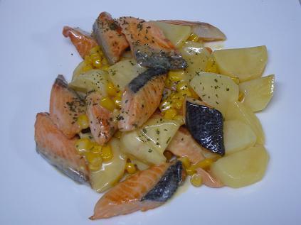 鮭とじゃがいもの味噌マヨ焼