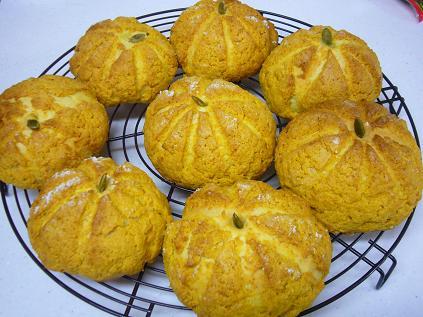 かぼちゃのミニメロンパン☆