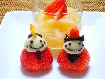 白桃ゼリーと苺のお雛様