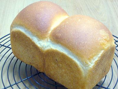 白神こだま酵母の食パン