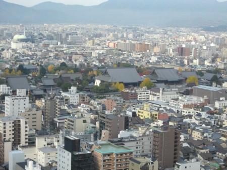 京都タワーからの西本願寺