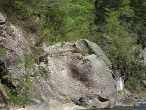 ライン下り 象岩