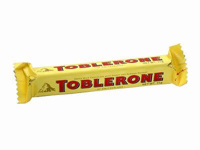 TOBLERONE--ミルク(ハニー&アーモンドヌガー)。