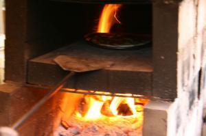 ピザを焼き焼き♪