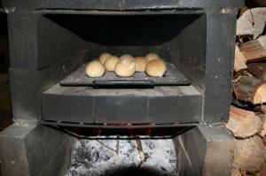 森のクリームチーズパン焼き