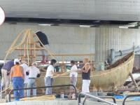 作成中の屋形舟