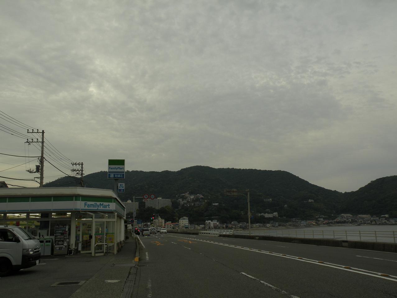 宇佐美海岸のエモ