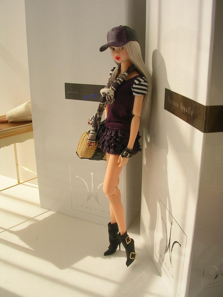 Tin Girl8